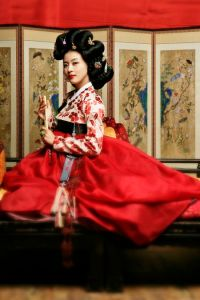The famous gisaeng Hwang Jin-i played by South Korean actress Ha Ji-won in a TV drama